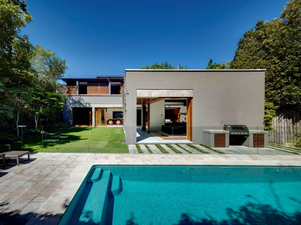 Bellevue Hill house – existing pool and surround was re-tiled